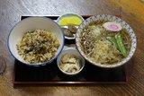 そば(うどん)セット(たぬき&炊き込みご飯